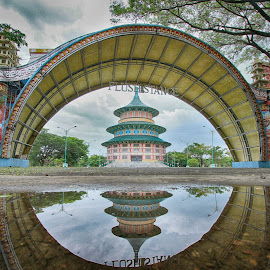 Pagoda Tian Ti by Hafidz Wahyu - Buildings & Architecture Public & Historical ( amazing, reflection, hdr, pagoda, indonesia tourism, indonesia, historical, architecture, landscapes, photography, photooftheday )
