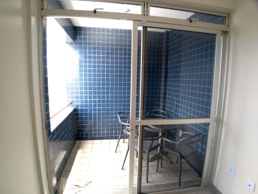 Apartamento com 3 dormitórios à venda, 84 m² por R$ 170.000 - Poço - Cabedelo/PB