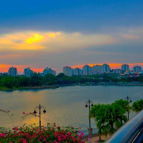 by Nazeri Mamat - City,  Street & Park  Vistas