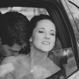 Bride and Groom BW by Lood Goosen (LWG Photo) - Wedding Bride & Groom ( wedding photography, wedding photographers, wedding day, brides, wedding photographer, bride and groom, bride, groom )