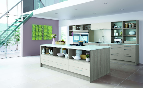 Wooden Breakfast Bar In Berkshire | Kitchen Worktops | Orphic Kitchens