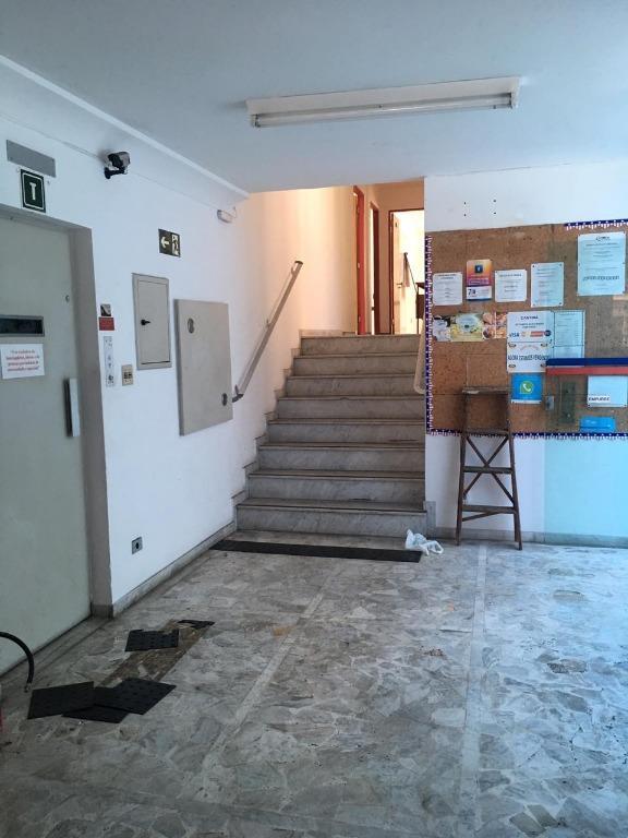 Prédio para alugar, 1000 m² por R$ 45.000,00/mês - Gonzaga - Santos/SP