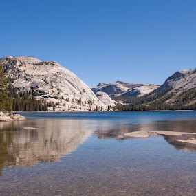 Tenaya Lake by Sam De Block - Landscapes Waterscapes ( yosemite, california, lake, relax, tranquil, relaxing, tranquility,  )