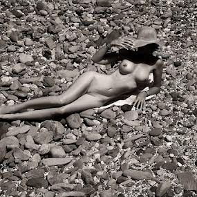 = BEACH = by Fiona Foto - Nudes & Boudoir Artistic Nude