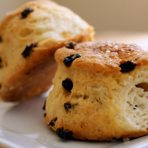 Cream and Yogurt Currant Scones