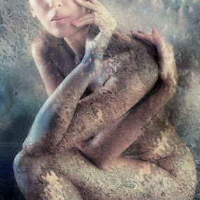 MOONLIGHT by Carmen Velcic - Digital Art People ( abstract, body, moon, nude, woman, she, digital )