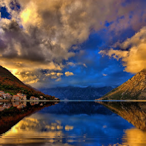 by Zoran Nikolic - Landscapes Waterscapes ( clouds, water, landscape, sky., colours )