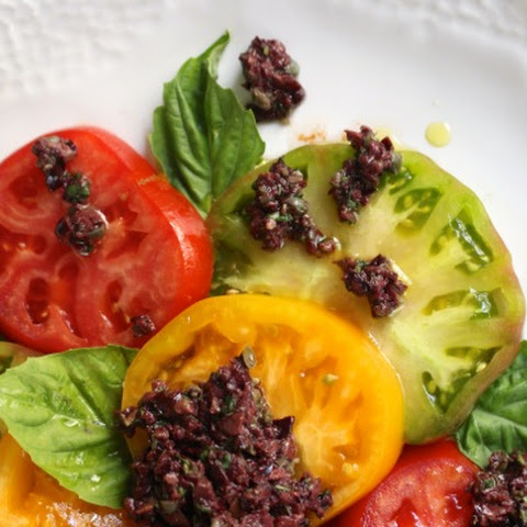 Heirloom Tomato and Tapenade Salad