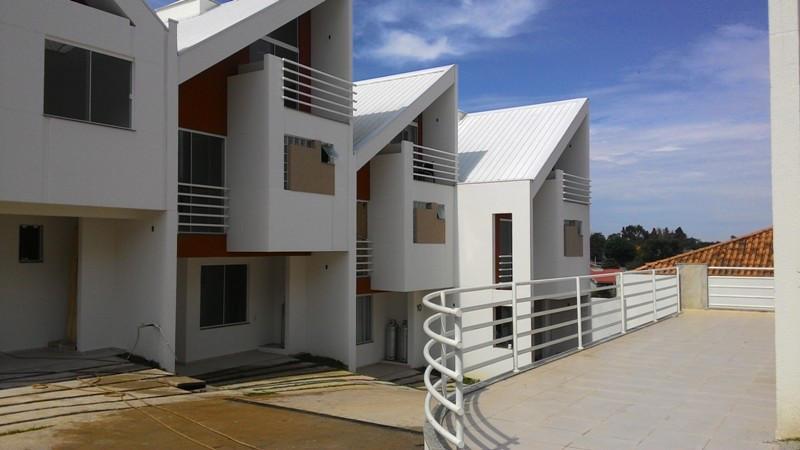 Sobrado residencial à venda, Pilarzinho, Curitiba.