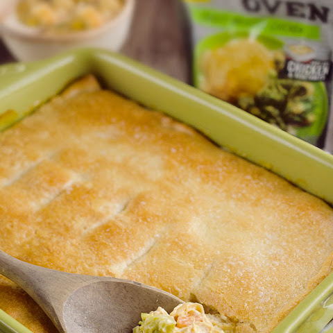 Cheesy Chicken Pot Pie Casserole