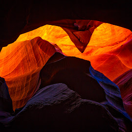 Antelope Canyon Pyramid by Richard Duerksen - Nature Up Close Rock & Stone ( arizona, red rock, navajo sandstone, light, antelope canyon )