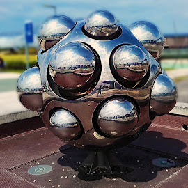La boule by Gérard CHATENET - Artistic Objects Other Objects