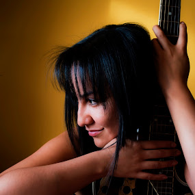 Paola by Camilo Monery - People Musicians & Entertainers