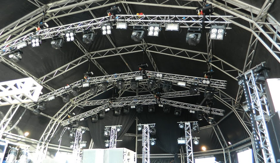 15M Orbit roof www.trustevents.co.uk