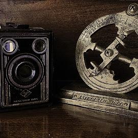Old Camara by Ana Paula Filipe - Artistic Objects Antiques ( old, astrolabio, retro, camara, object,  )