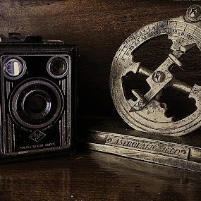 Old Camara by Ana Paula Filipe - Artistic Objects Antiques ( old, astrolabio, retro, camara, object,  )