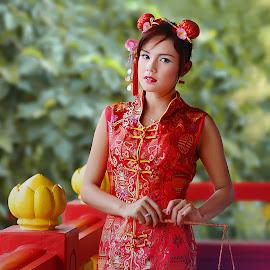 by Catur Sulistiyanto - People Fashion