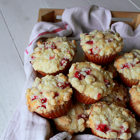 Strawberry Streusel Muffin
