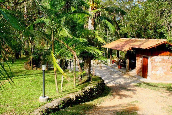 Área residencial à venda, Coroados, Guaratuba - AR0005.