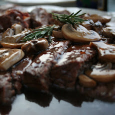 London Broil with Red Wine and Mushroom sauce