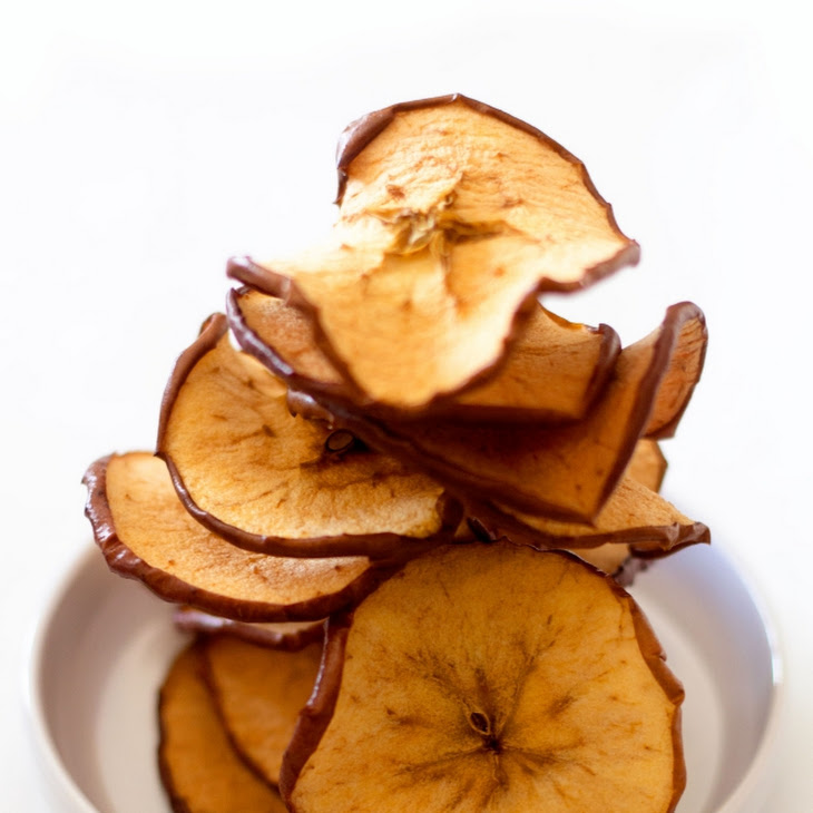 Cinnamon Sugar Baked Apple Chips Recipe | Yummly