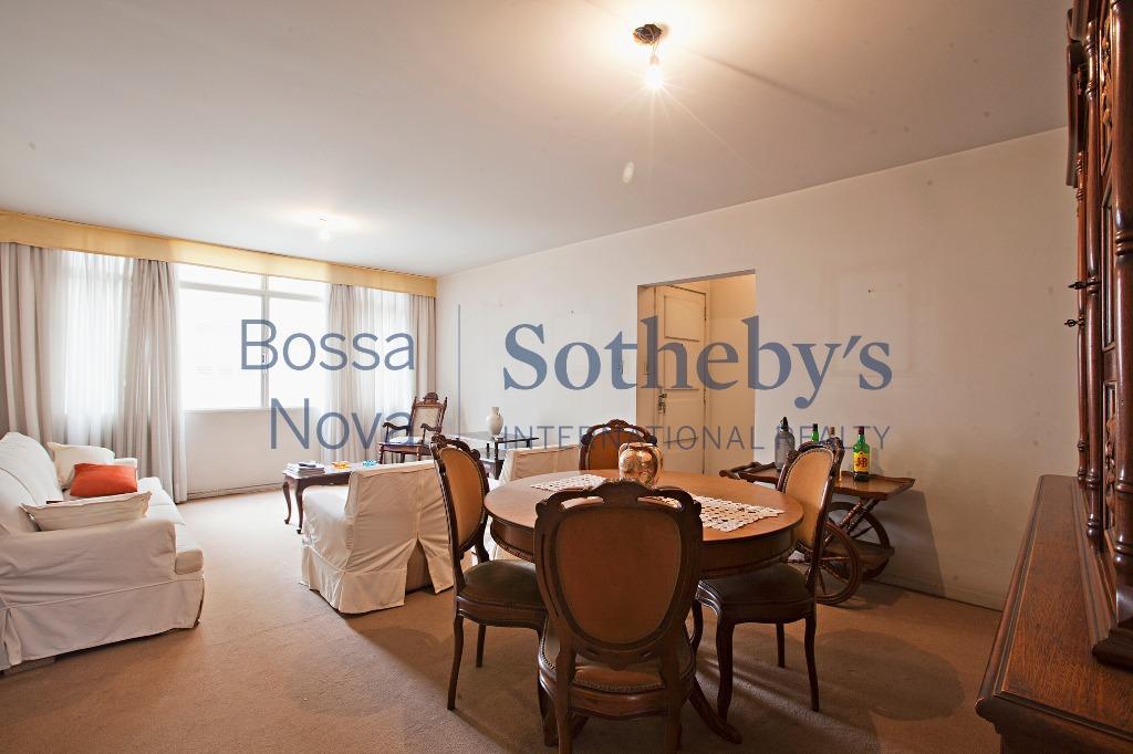 Localização e charme neste apartamento em Higienópolis para venda.