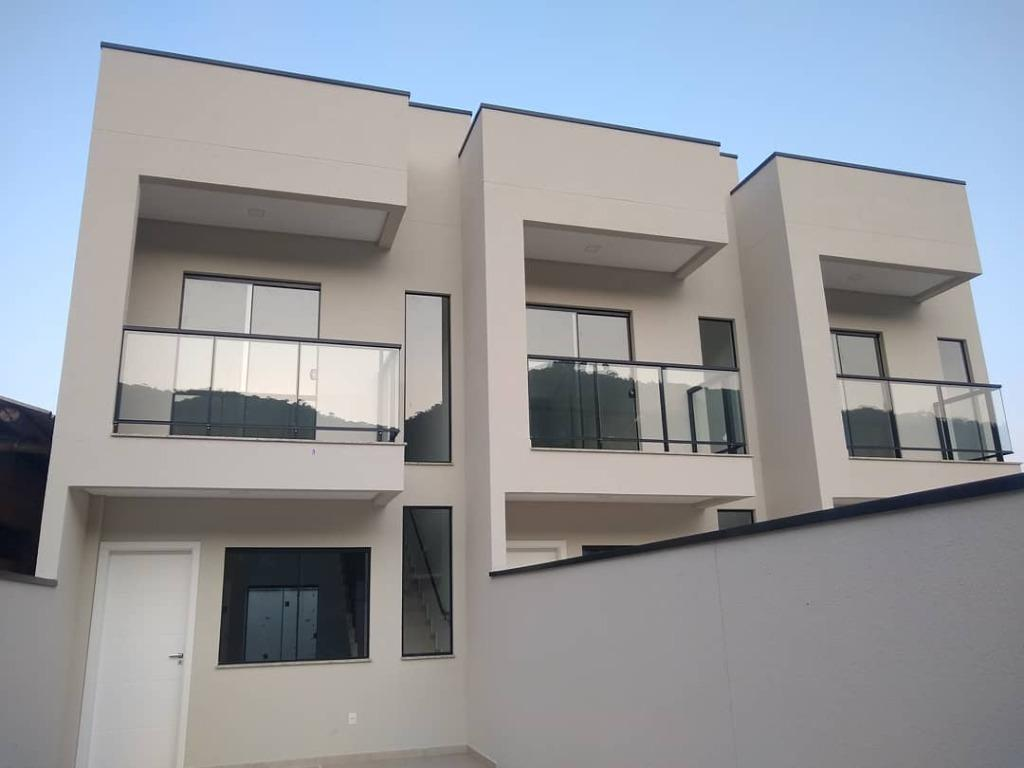 Sobrado com 2 dormitórios à venda, 75 m² por R$ 259.000,00 - Alto São Bento - Itapema/SC