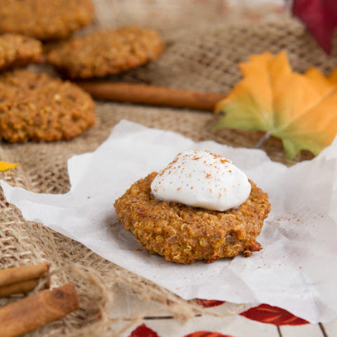 Pumpkin Spice Quinoa Breakfast Cookies