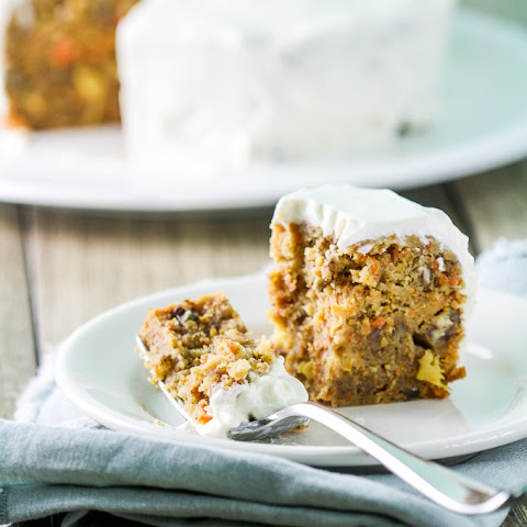 Slow Cooker Fruited Carrot Cake