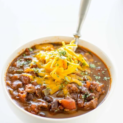 Slow Cooker Ancho Steak & Jalapeño Chili