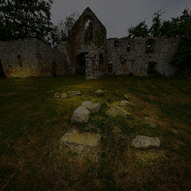 BAYHAM ABBEY by Gjunior Photographer - Buildings & Architecture Other Interior ( nature, architecture, landscapes )