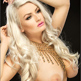 Emmy - Necklace by Fred Prose - Nudes & Boudoir Artistic Nude ( nude, exposed beauty imaging, platinum, breasts, beauty, necklace )