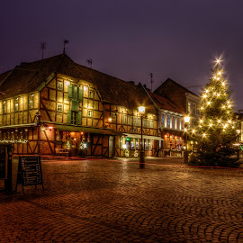 Nighttime by Mirza Buljusmic - Public Holidays Christmas ( sweden, malmoe, season, malmö, sverige, christmas, holidays, malmo, holiday lights, Urban, City, Lifestyle )