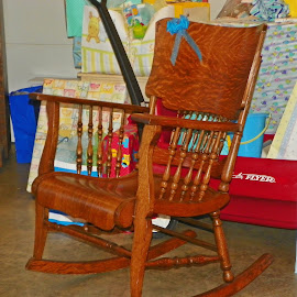 Rocking Chair by Sandy Stevens Krassinger - Artistic Objects Furniture ( present, chair, bow, artistic objects, furniture, rocking chair )