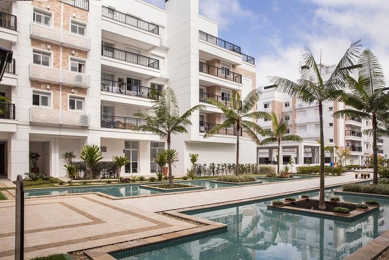Boulevard Neoville de 2 a 3 dormitórios em Abraão, Florianópolis - SC