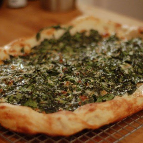 Spicy Garlicky Spinach Pizza