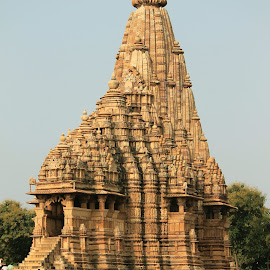 Standing tall by Srivenkata Subramanian - Buildings & Architecture Places of Worship ( history, temples, old, khajuraho, india, kings )