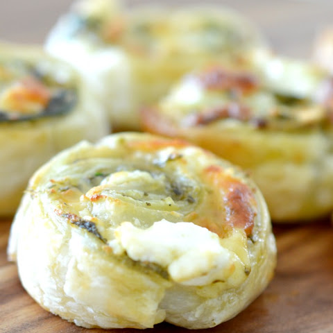 Spinach Pesto and Feta Pinwheels