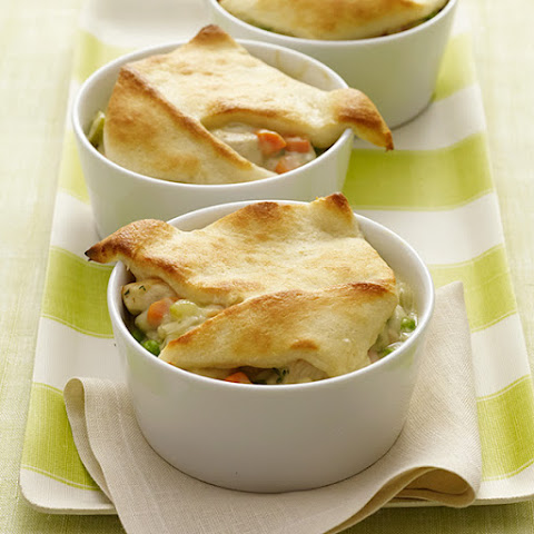 Individual Creamy Chicken Pot Pies