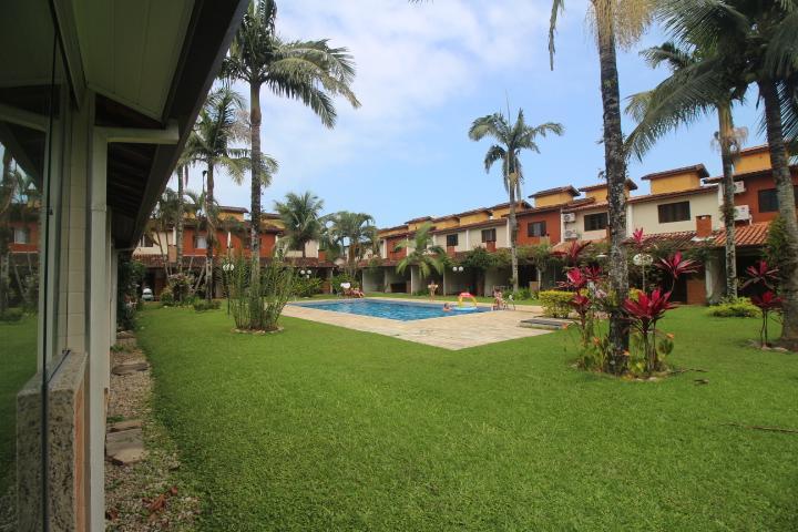 Sobrado residencial à venda, Massaguaçu, Caraguatatuba.