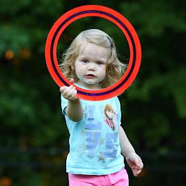 Frisbee, Daddy? by Mark Johnston - Babies & Children Children Candids ( playing, girl, circle, portrait, frisbee )
