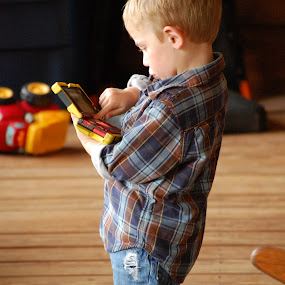 Child playing video games by Elizabeth Robison - Babies & Children Children Candids ( child, nintendo, video game )