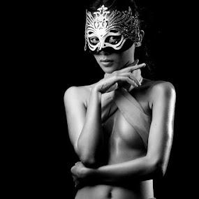 by Kristanda Junior - Nudes & Boudoir Artistic Nude
