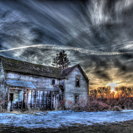 Sky Line by Eric Demattos - Buildings & Architecture Decaying & Abandoned ( chem trail, farm house, sunset, eric demattos, abandoned )