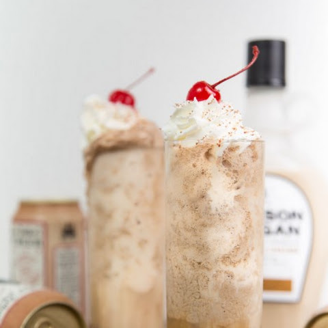 Boozy Root Beer Whiskey Cream Floats
