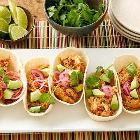 Green Chile Creamy Chicken Taco Boats