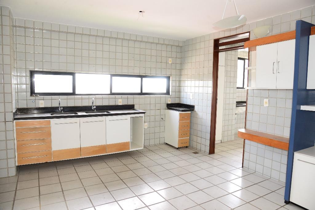 Apartamento residencial à venda, Brisamar, João Pessoa.