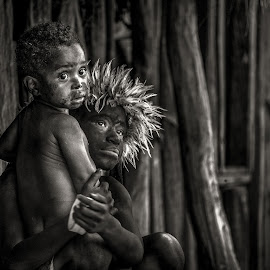 Baliem Valley Tribe.. by Markus Gunawan - Babies & Children Child Portraits