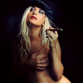 Cigar by Emanuel Correia - Nudes & Boudoir Boudoir