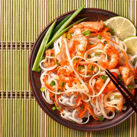 Fresh & Lively Thai Noodle Salad!